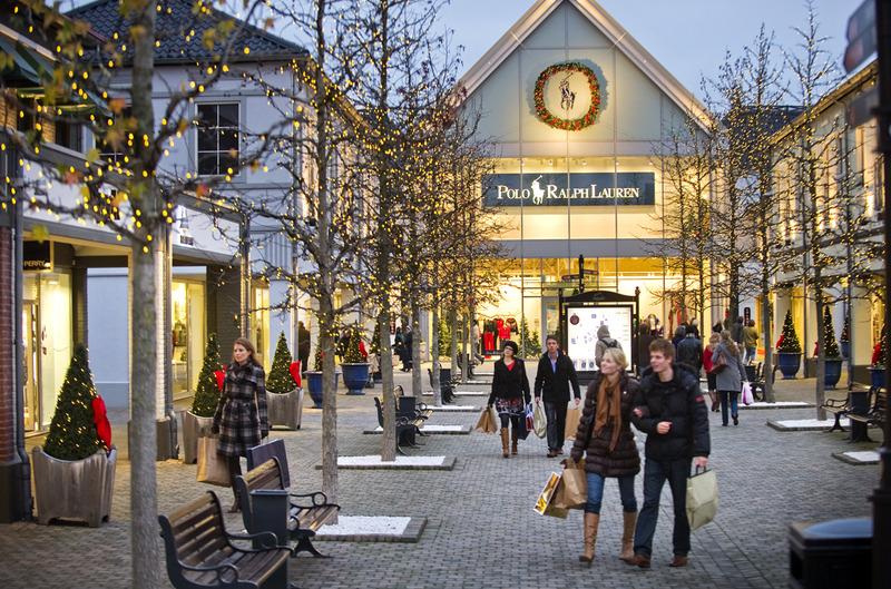 Einkaufsbummel Im Mcarthurglen Designer Outlet Roermond Shoppen