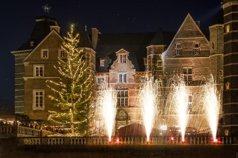 Weihnachtsmarkt Schloss Merode.Lichterzauber Auf Schloss Merode